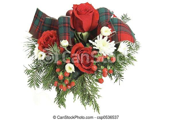 Un ramo de rosas rojo - csp0536537