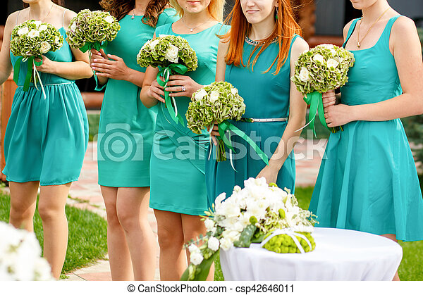 Vestidos de dama de honor color verde menta