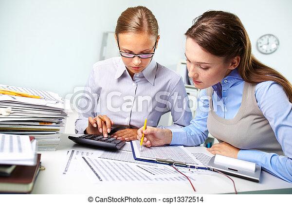 rapport, boekhouding - csp13372514