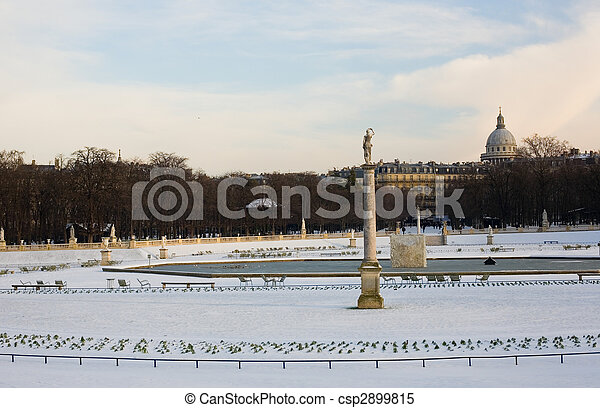 Rare snowy day in Paris. Lots of snow in the Luxembourg Garden - csp2899815