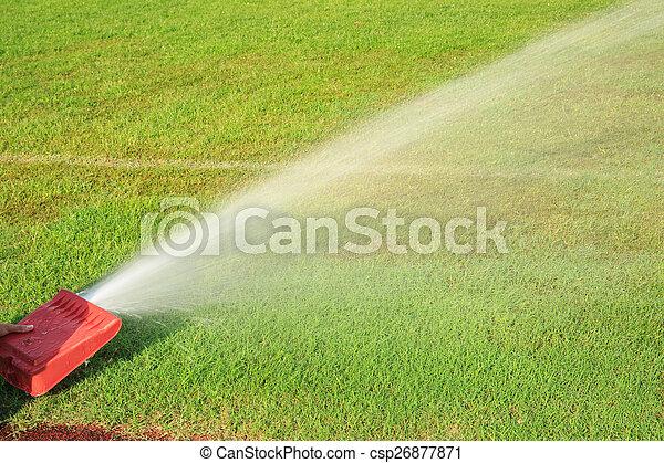 Rasen Bewässerungssystem rasen bewässerung bild suche foto clipart csp26877871