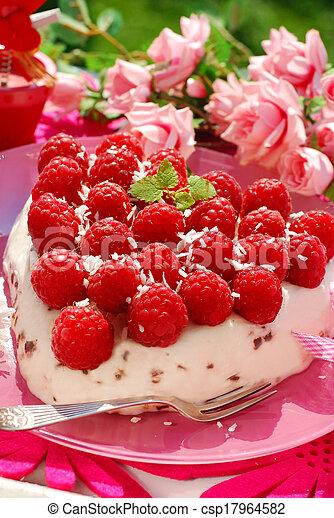 raspberry cake in heart shape - csp17964582