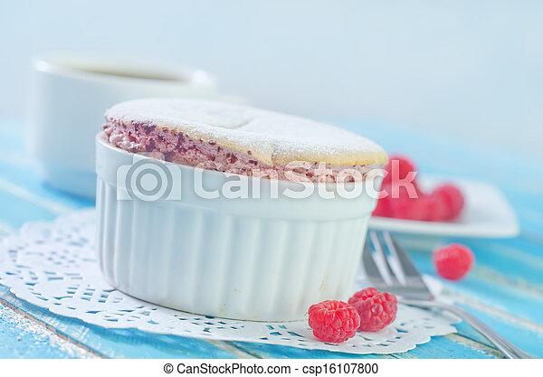 raspberry souffle - csp16107800