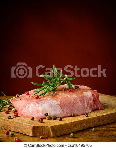 rauwe biefstuk - csp18495705