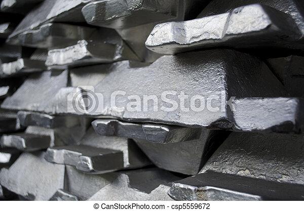 Raw aluminium ingot - csp5559672