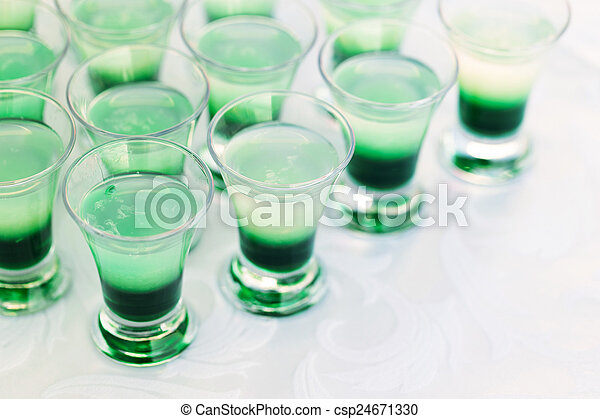 Raw Of Shot Drinks Raw Of Green Mint Shot Drinks For Party