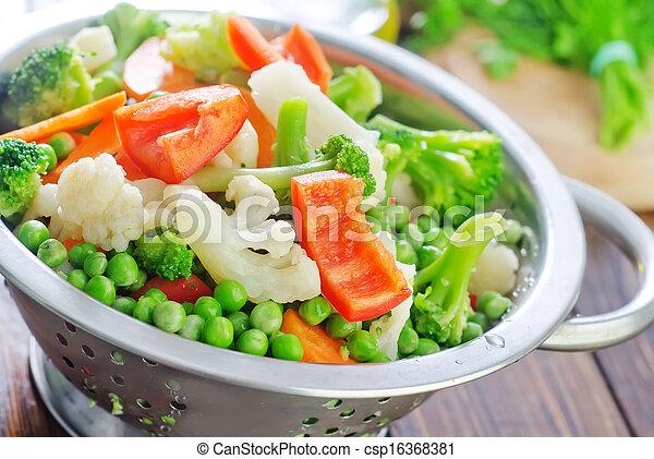 raw vegetables - csp16368381