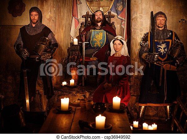 re, suo, medievale, regina, guardia, antico, interior., cavalieri, castello - csp36949592