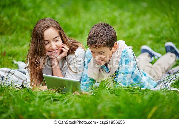 Reading online - csp21956656