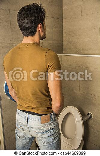 File peeing toilet