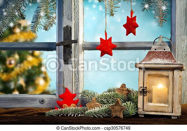 Rebord fen tre hiver lanterne hiver mood arbre for Fenetre hiver
