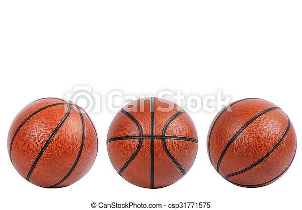 Baloncesto aislado en fondo blanco con camino de recorte - csp31771575