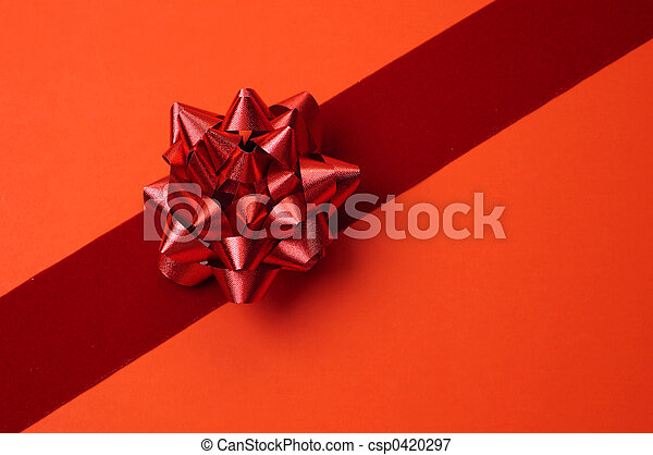 Red Gift Wrapping - csp0420297