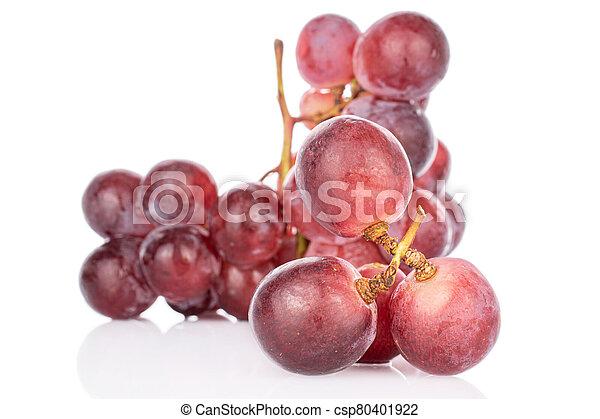 Red globe grape on white - csp80401922