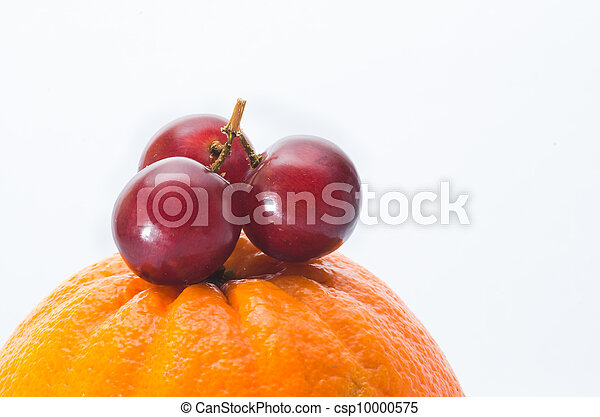 red grape isolated on white - csp10000575