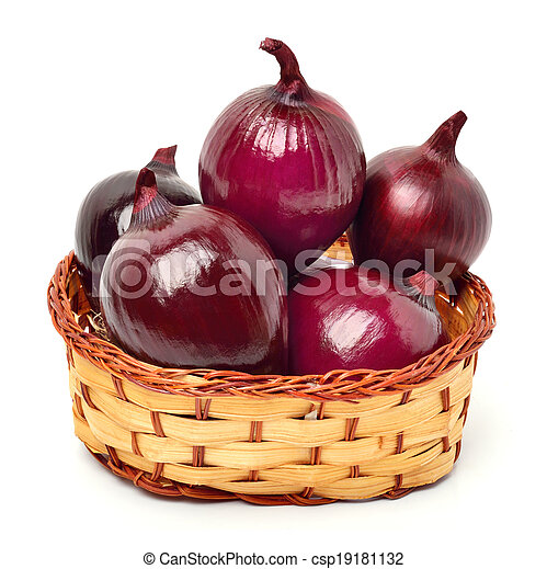 Red onion in the basket - csp19181132