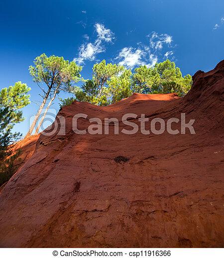 Red rocs of jaune in Roussilon - csp11916366