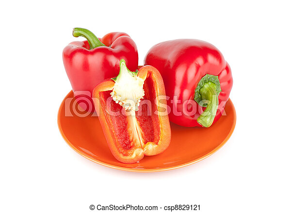 Red sweet pepper on a plate - csp8829121