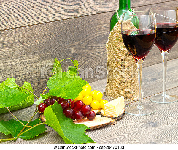 red wine and grapes - csp20470183