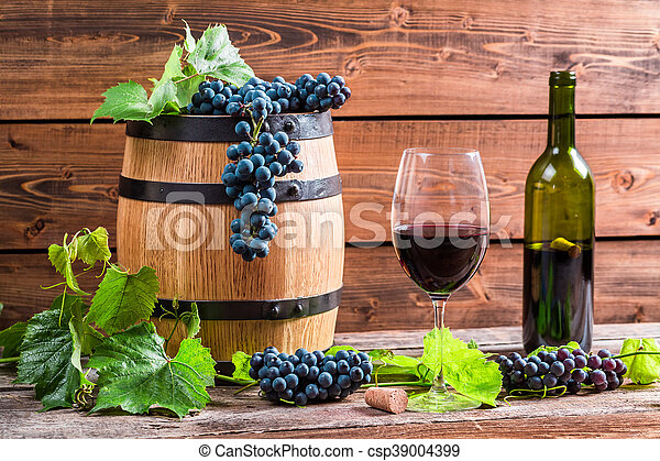 Red wine and grapes - csp39004399