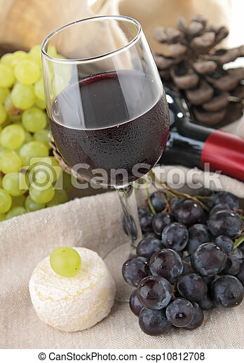 red wine and grapes - csp10812708