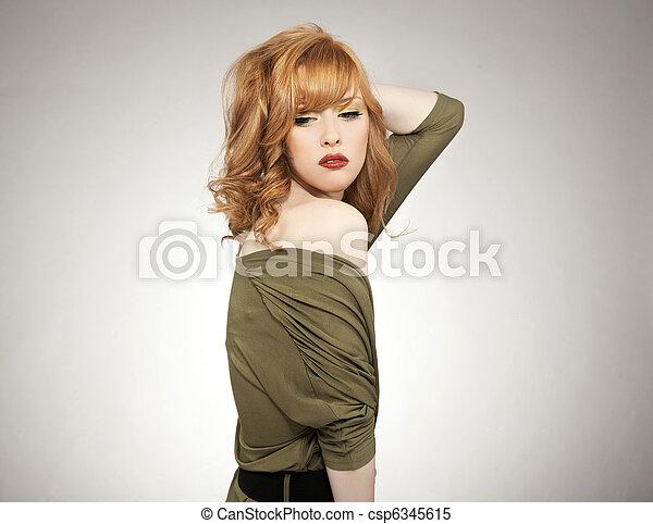 redhead, kvinna, framställ, nätt - csp6345615