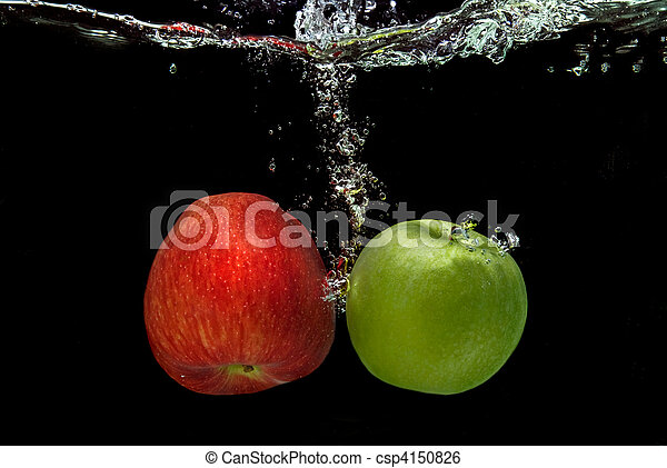 ref and green apple dropped into water with splash isolated on black - csp4150826
