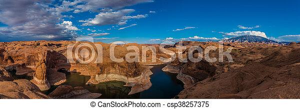 Reflection Canyon Lake Powell Utah - csp38257375