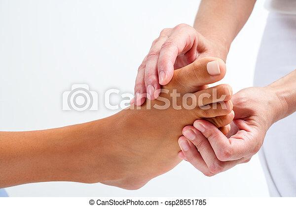 reflexology, セラピスト, massage. - csp28551785