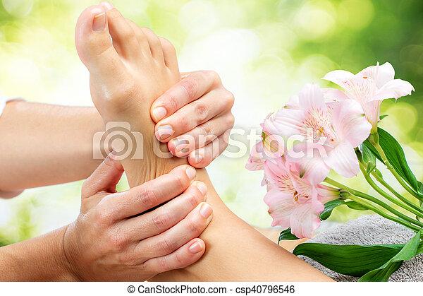 reflexology, massage., 弛緩 - csp40796546
