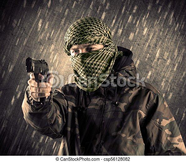 regnfall, terrorist, maskera, bakgrund, beväpnat, man - csp56128082