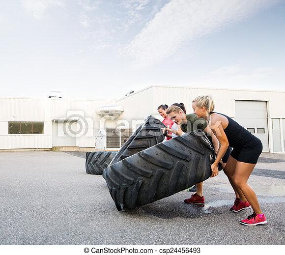 fitness reifen weiblichen trainer