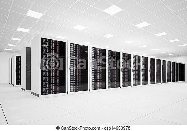 Data Center mit langen Reihen - csp14630978