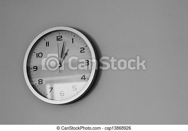 relógio - csp13868926