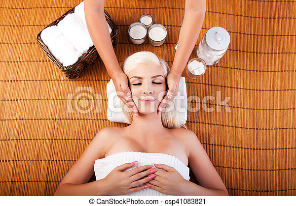 Relaxation pampering facial massage - csp41083821