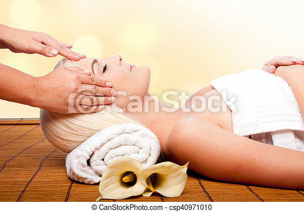 Relaxation pampering massage spa - csp40971010