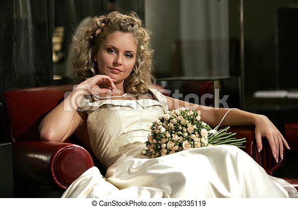Relaxed young adult bride - csp2335119