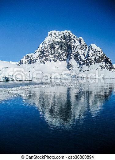 relections, montagna, antartico - csp36860894