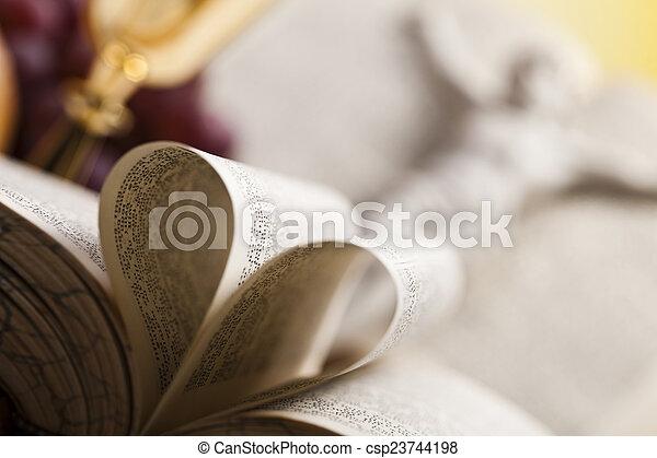 Religión - csp23744198