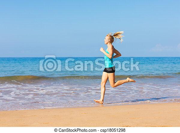 rennender , frau, sandstrand - csp18051298