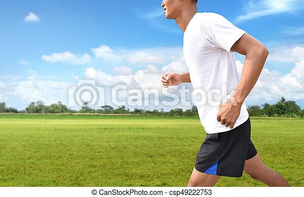 Mann läuft - csp49222753