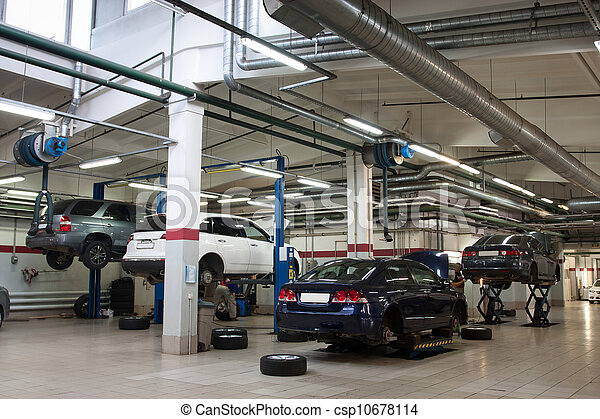 reparation bilverkstad - csp10678114