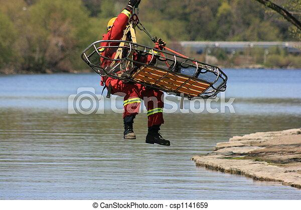rescate, emergencia - csp1141659