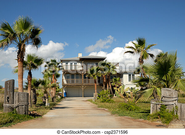 Residential house in the southern United States - csp2371596