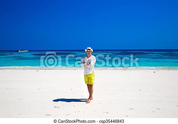 resing, happiness., 生活, よい, seascape., ビジネス, 成功した, 島, travel., トロピカル, バックグラウンド。, 浜, style., 人 - csp35446843