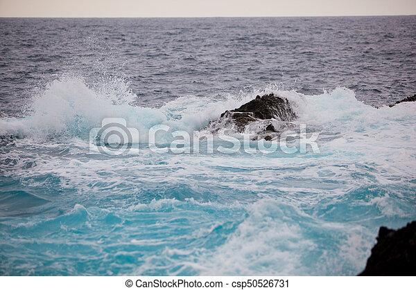 respingo, ondas oceano, pedras - csp50526731