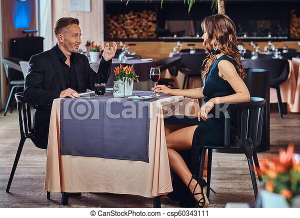 Jonggalos und Jonggaletten datieren Dating jemand mit Vitiligo