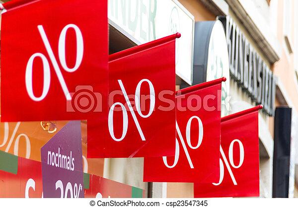 retail price reduction in percent - csp23547345