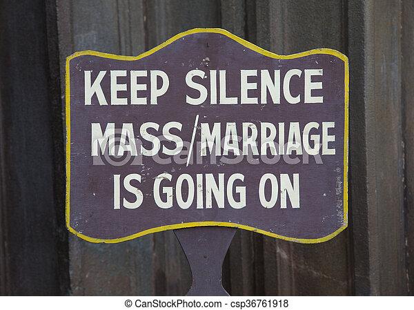 Guarda la señal de silencio - csp36761918
