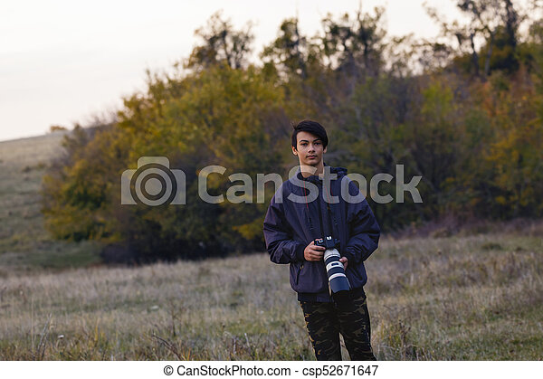 retrato, fotógrafo, jovem, natureza - csp52671647